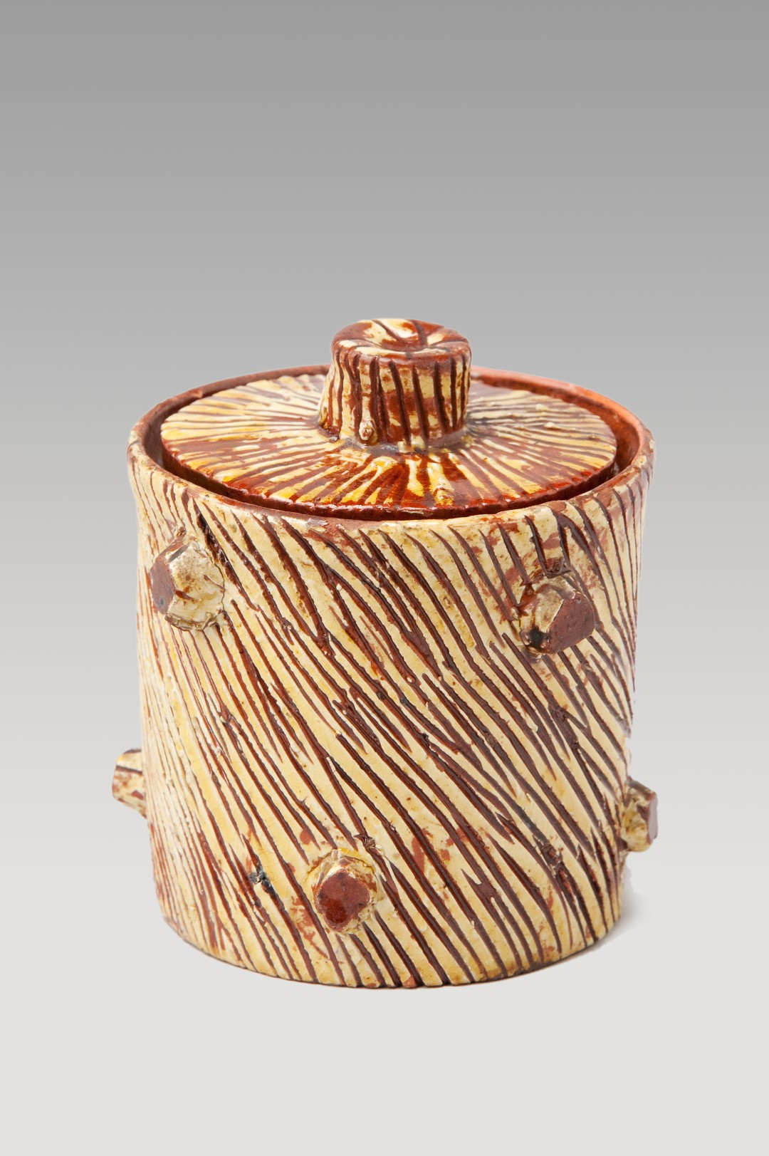 Image of Sussex Pottery <br>An extremely rare slipware-scraffito honey jar