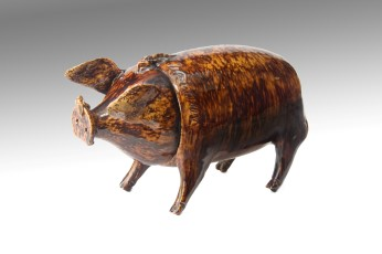 A Sussex Pig' from the Belle-vue pottery Rye